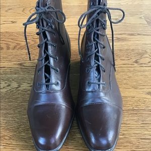 SHIP 'N SHORE brown leather booties w/stacked heel